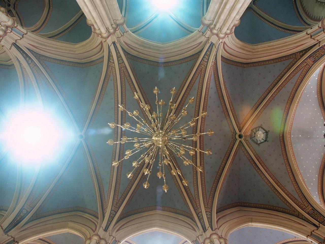 De Zagreb Cathedraal - Waarom maak ik een foto van het plafond?