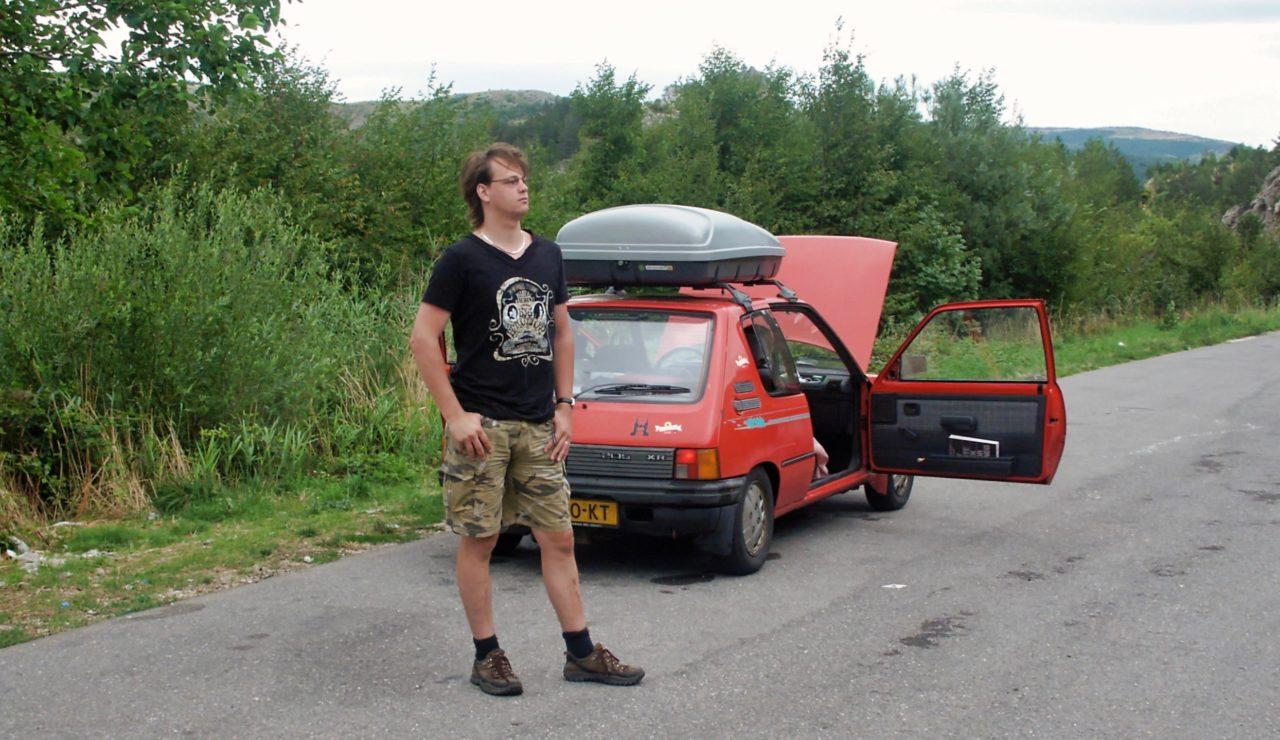 De auto even laten afkoelen tijdens de tocht naar Sibenik