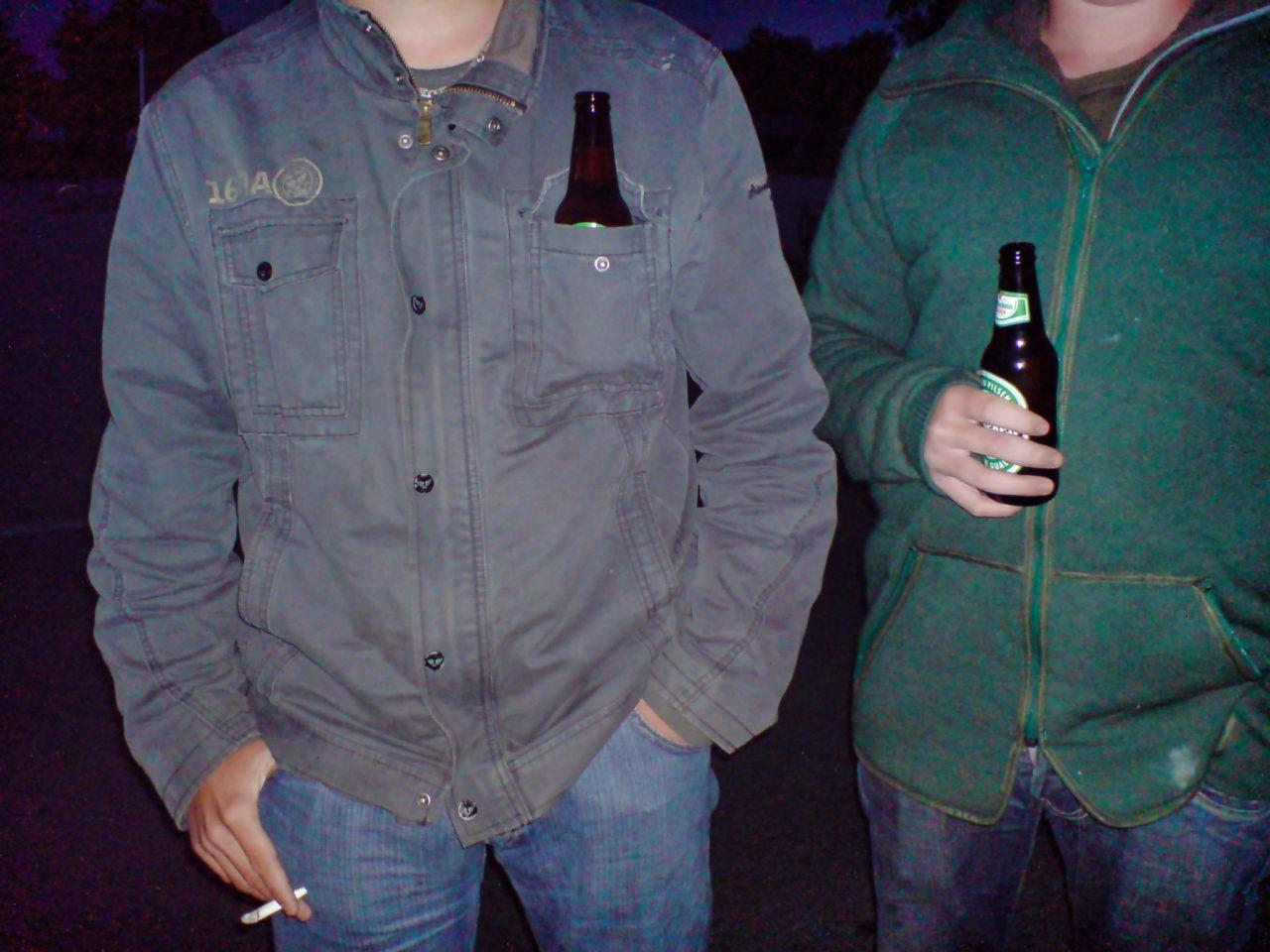 De boeren weten prima waar ze even hun biertje laten als ze een sigaretje roken
